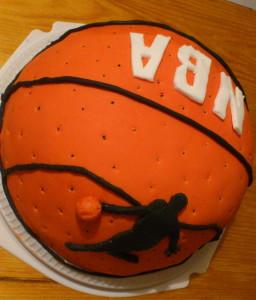 торт мяч баскетбол